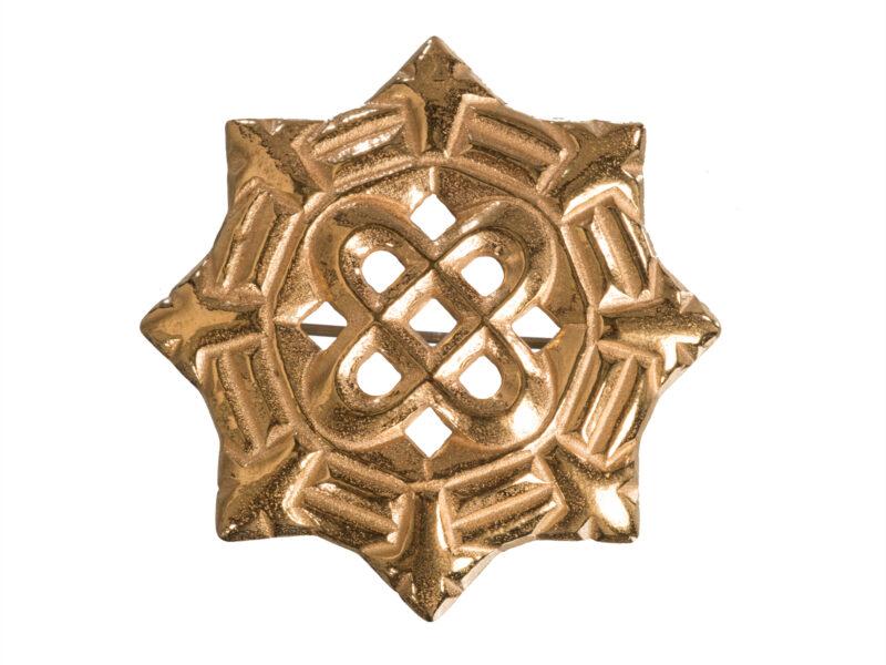 Kalevalaisten Naisten Liiton Osmansolmu tunnustuksena kalevalaiselle naiselle